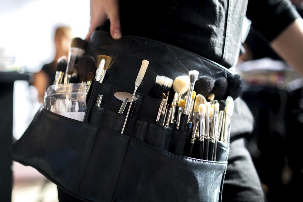 Makeup Artist resond  to Nykhor