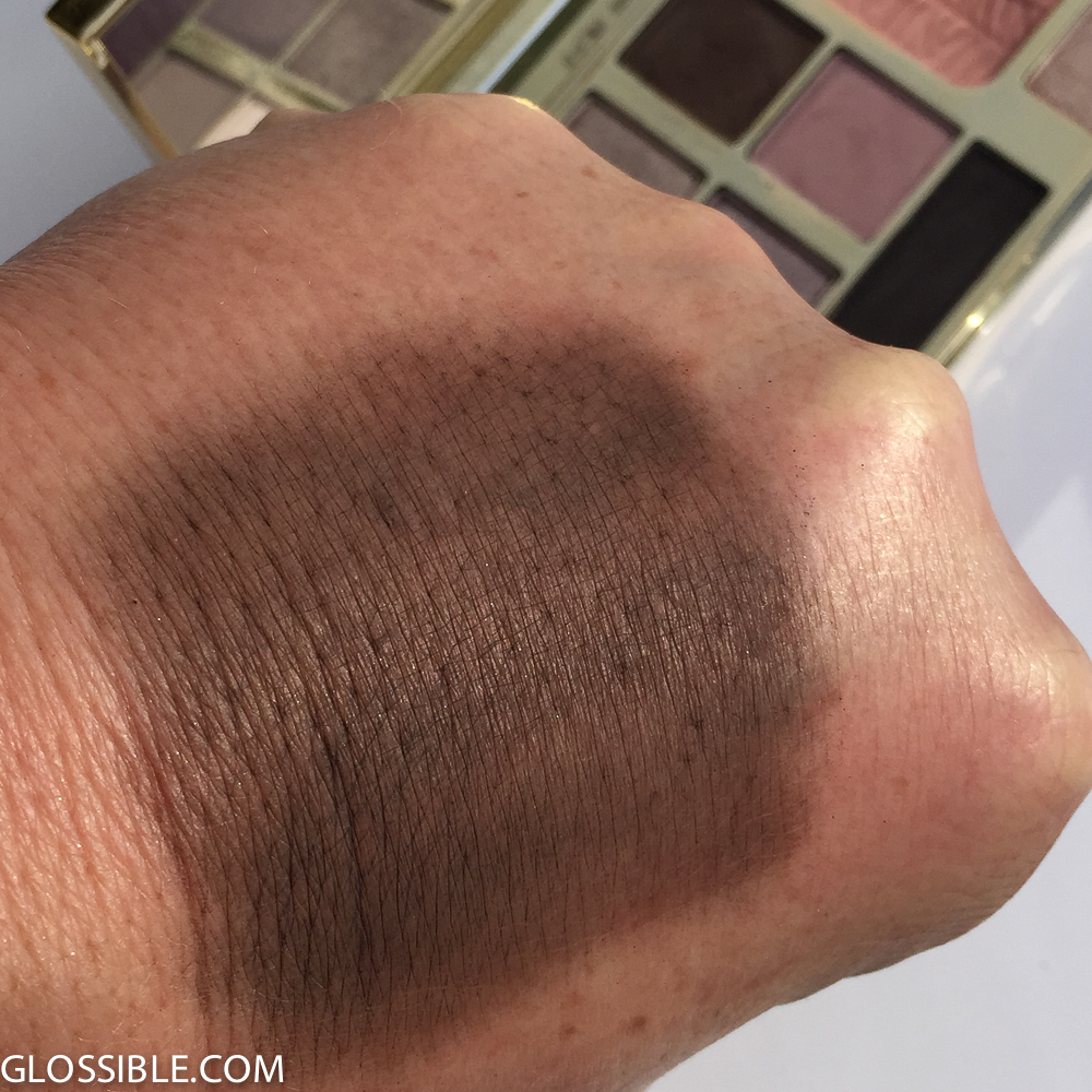 uneven pigment load. Stipple on the area you wish to cover for better results.