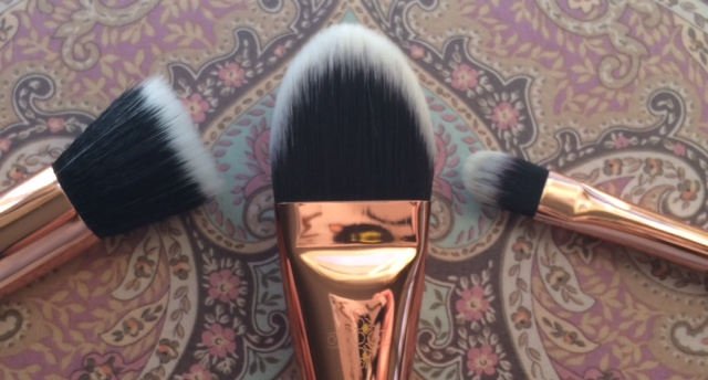 Zoeva Rose Golden Brush Review