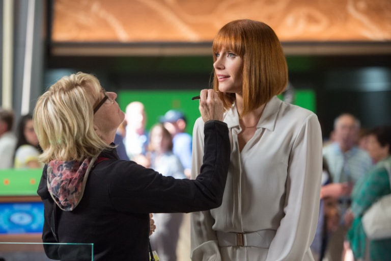 Vivian Baker working on Bryce Dallas Howard on Jurrasic World.