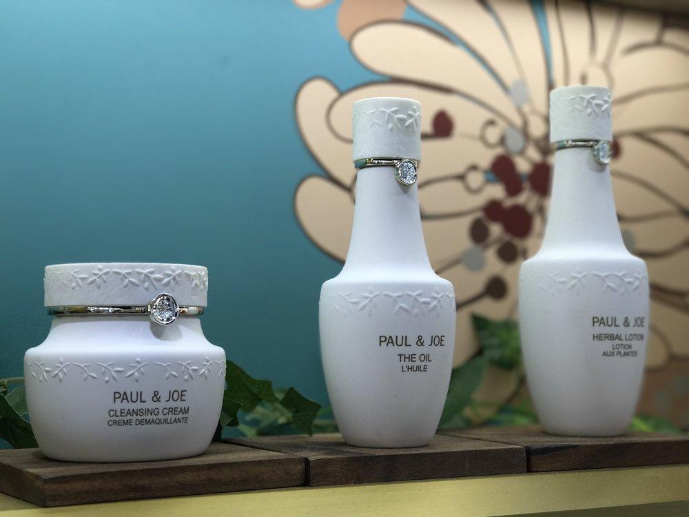 Paul and Joe had the cutest displays...