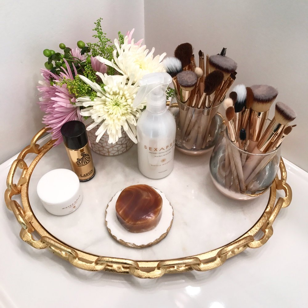 Easy way to clean your makeup brushes