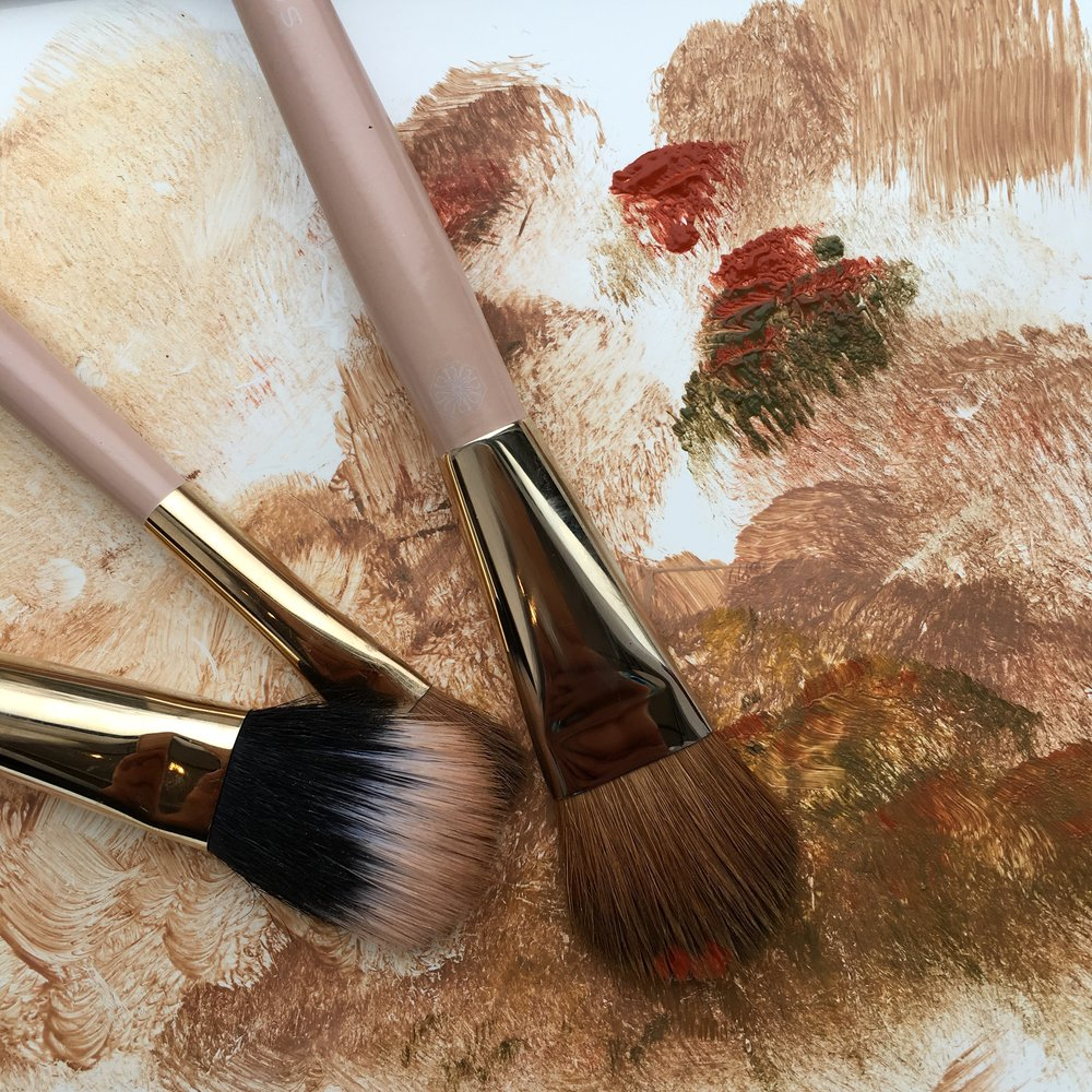 nude makeup brushes