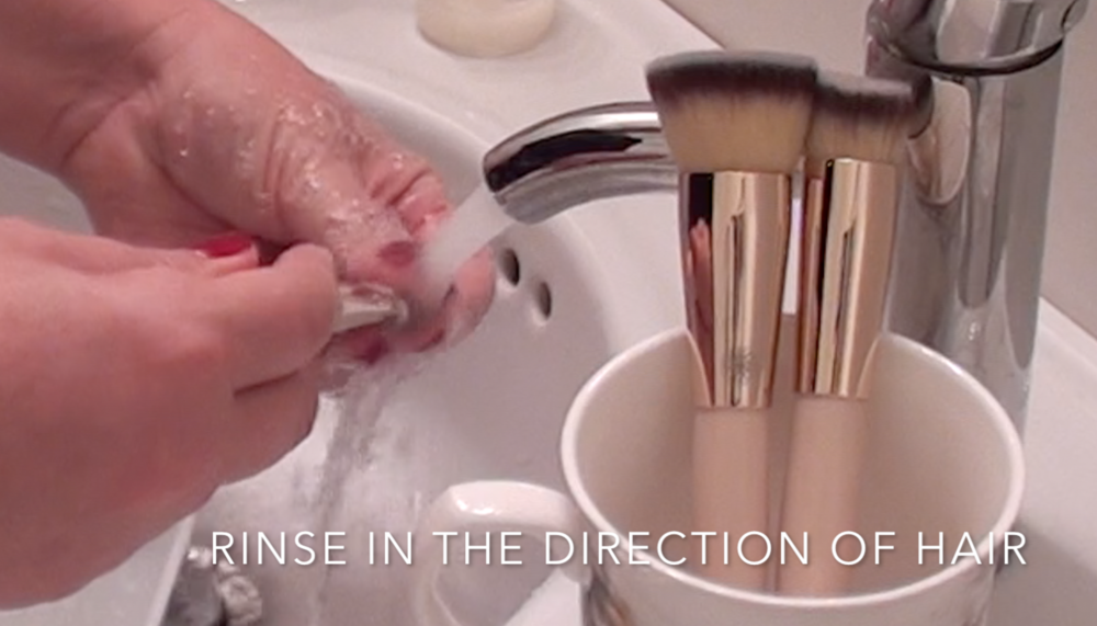 5. Rinse brush in the direction of the hair.
