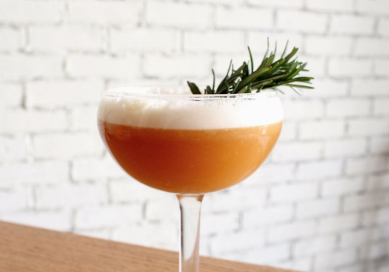"CITIZINE | Winter Cocktails To Get You Through A ""Cold"" Night"