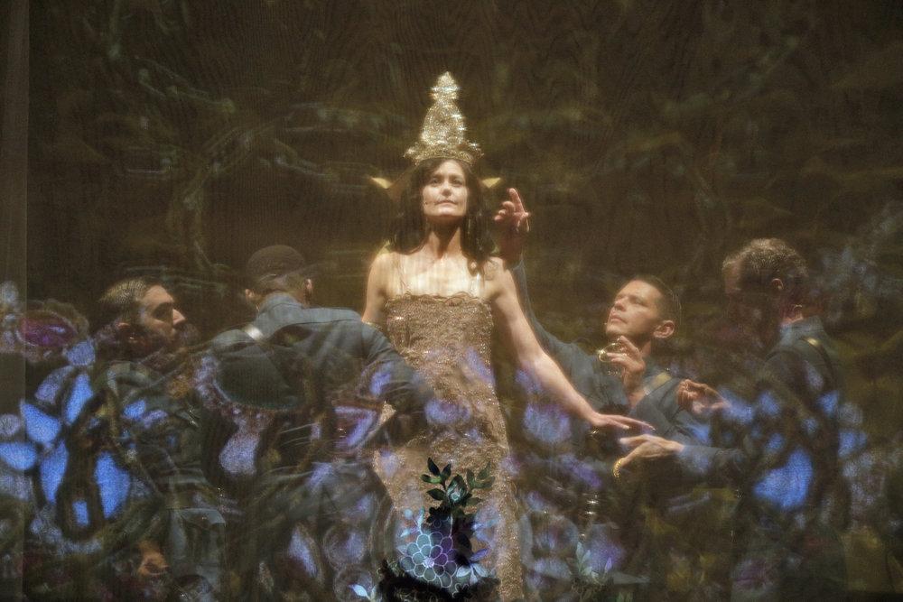 Mata Hari - Tina Mitchell