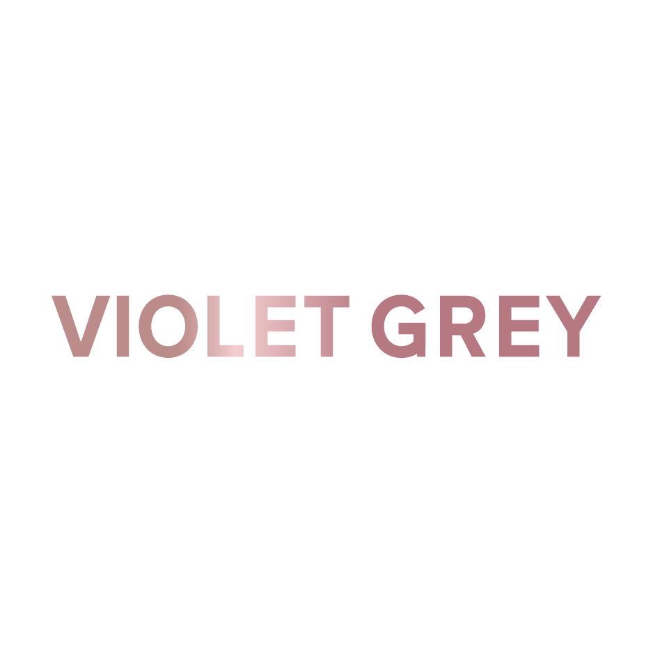 VIOLET GREY    Accentuating the eyelashes can be achieved in myriad ways, and with varying levels of commitment—whether with a swipe of mascara, a tint job, or full extensions. To demystify the ins and outs of eyelash embellishment, The Violet Files turned to the experts.