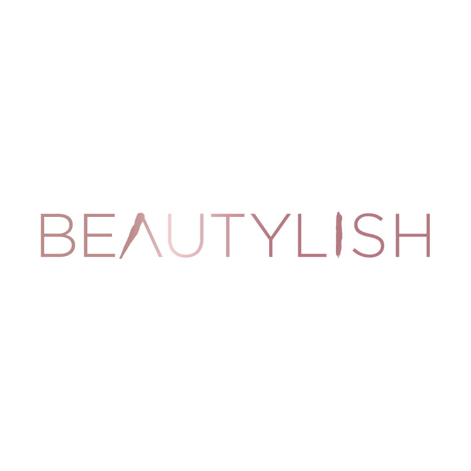 BEAUTYLISH.COM    I visited Gloria Ting at Beverly Hills Lashes for a session and came out with gorgeous lashes. I felt just like a baby doe. If you're considering lash extensions yourself, we've got everything you'll need to know beforehand.