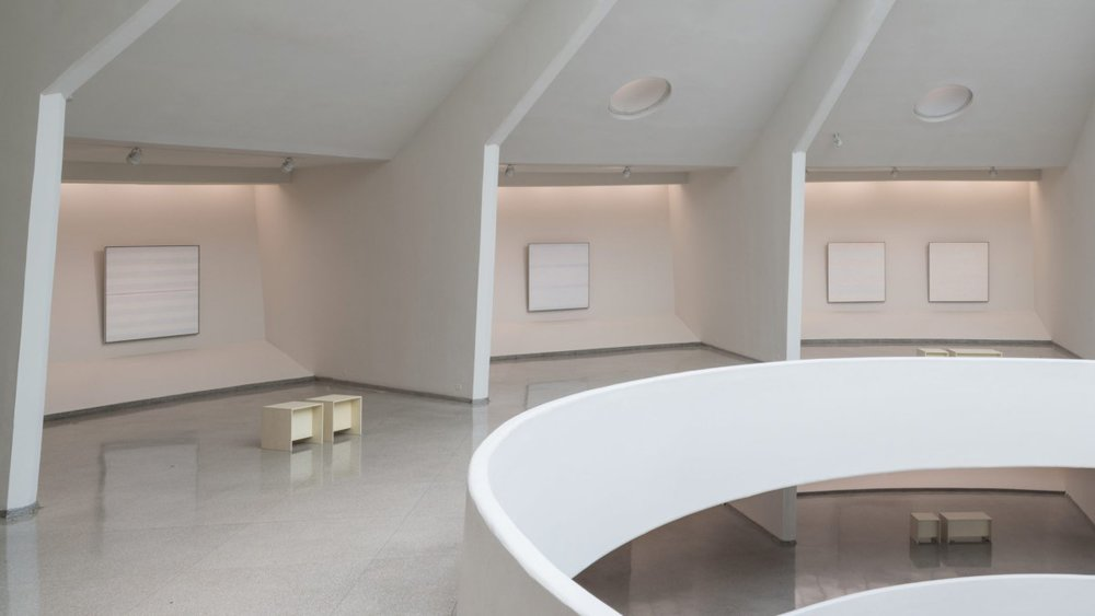 Agnes Martin, Installation view, The Guggenheim Museum, October 7, 2016 - January 11, 2017