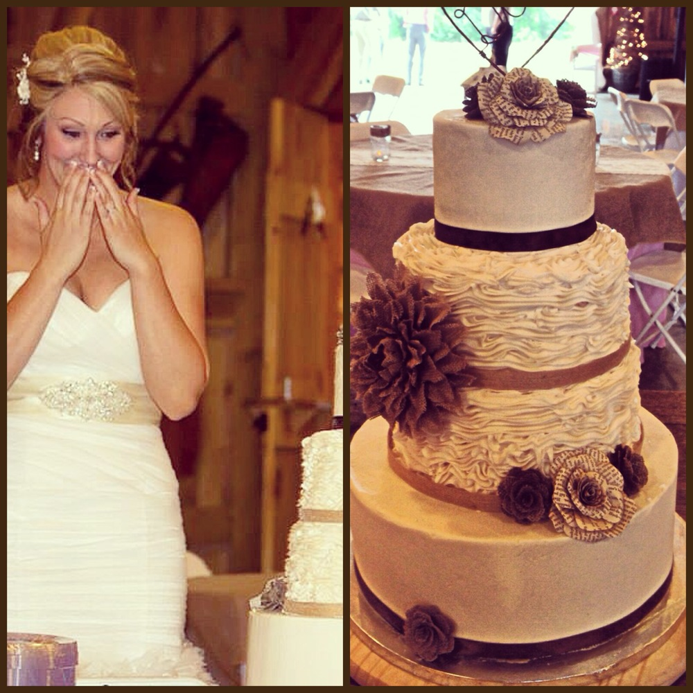 Megan seeing her custom wedding cake for the first time