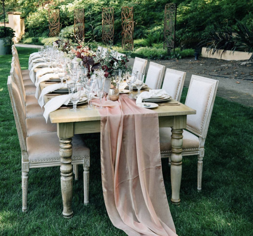 Planner: Marilyn Ambra Rentals: Theoni Collection