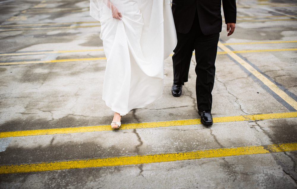 ©Isaiah & Taylor Photography - Destination Wedding Photographers - Downtown Los Angeles Parking Lot Rooftop Wedding-010.jpg