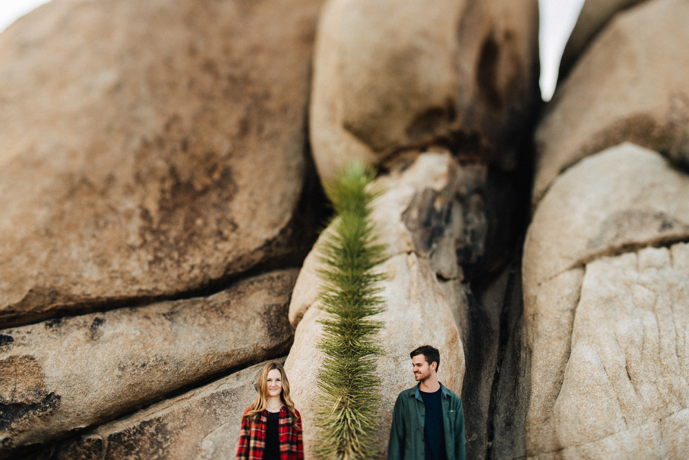 ©Isaiah & Taylor Photography - Destination Wedding Photographers - Joshua Tree, California Adventure Engagement-012.jpg