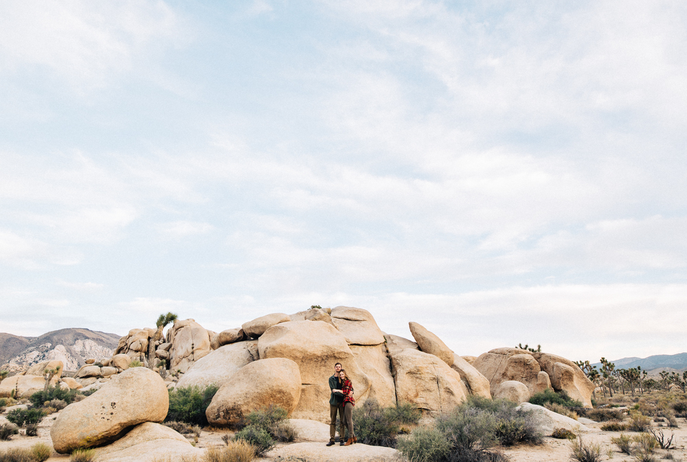 ©Isaiah & Taylor Photography - Destination Wedding Photographers - Joshua Tree, California Adventure Engagement-013.jpg