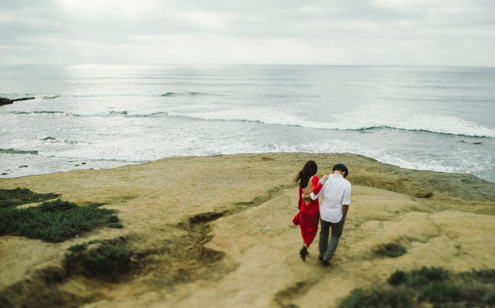 Isaiah & Taylor Photography - Los Angeles - Destination Wedding Photographers - San Diego Sunset Cliffs Beach Adventure Engagement-1.jpg
