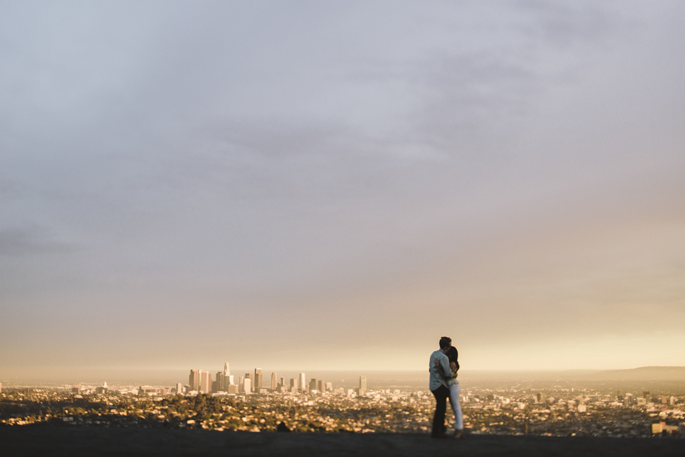 Isaiah & Taylor Photography - Los Angeles Landscape Sunset Engagement-27.jpg