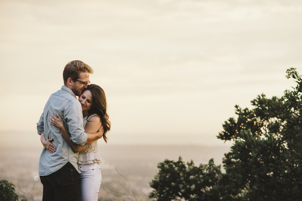 Isaiah & Taylor Photography - Los Angeles Landscape Sunset Engagement-29.jpg