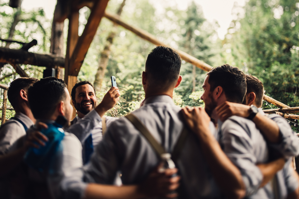©Isaiah & Taylor Photography - Pine Rose Cabin - Lake Arrowhead - Los Angeles Wedding Photographer-014.jpg