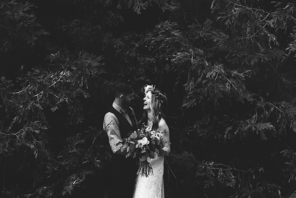 ©Isaiah & Taylor Photography - Pine Rose Cabin - Lake Arrowhead - Los Angeles Wedding Photographer-087.jpg