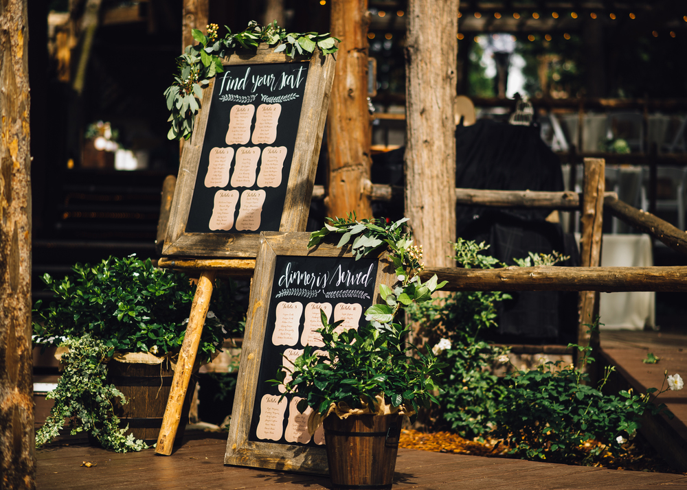 ©Isaiah & Taylor Photography - Pine Rose Cabin - Lake Arrowhead - Los Angeles Wedding Photographer-128.jpg