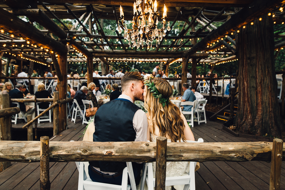 ©Isaiah & Taylor Photography - Pine Rose Cabin - Lake Arrowhead - Los Angeles Wedding Photographer-130.jpg
