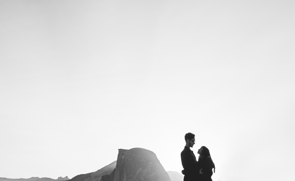 ©Isaiah & Taylor Photography - Los Angeles Destination Wedding Photographer - Yosemite National Park Hiking Adventure Engagement - Glacier Point Sunrise-025.jpg