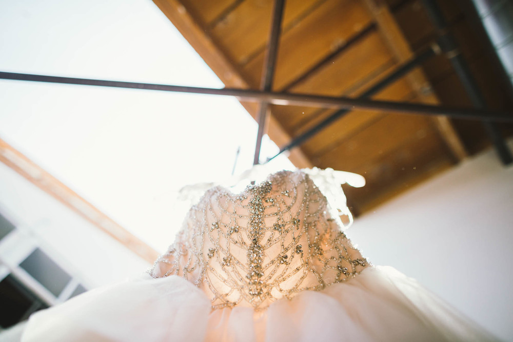 ©Isaiah & Taylor Photography - Los Angeles Wedding Photographer - Lot 613 Warehouse Space-3.jpg