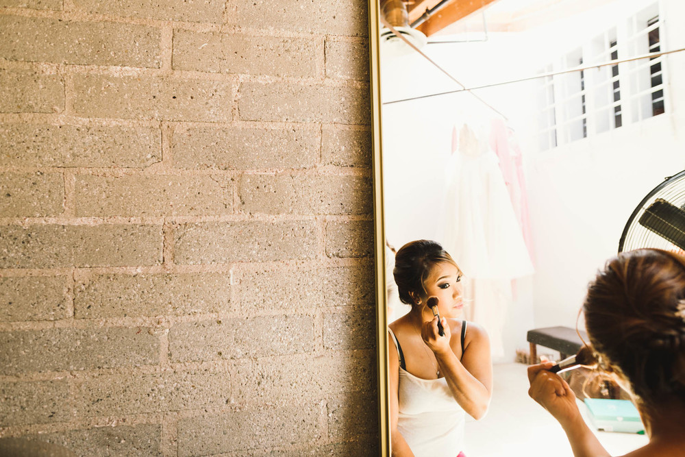 ©Isaiah & Taylor Photography - Los Angeles Wedding Photographer - Lot 613 Warehouse Space-5.jpg