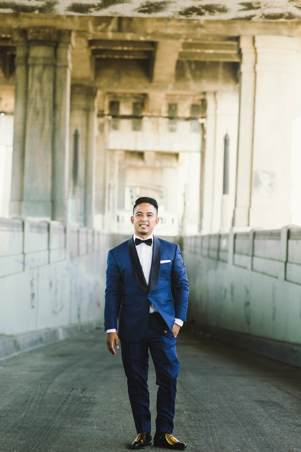 ©Isaiah & Taylor Photography - Los Angeles Wedding Photographer - Lot 613 Warehouse Space-12.jpg