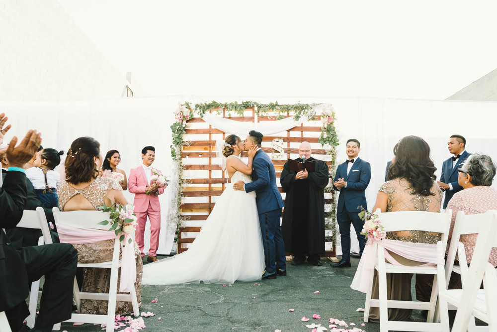 ©Isaiah & Taylor Photography - Los Angeles Wedding Photographer - Lot 613 Warehouse Space-33.jpg