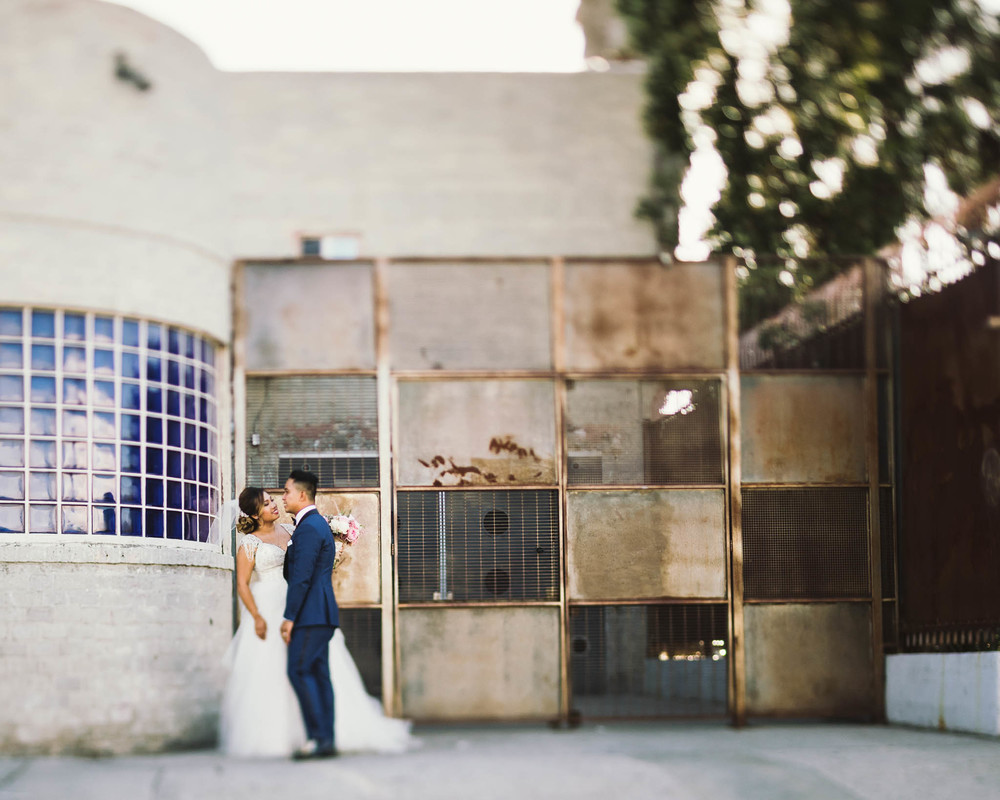 ©Isaiah & Taylor Photography - Los Angeles Wedding Photographer - Lot 613 Warehouse Space-38.jpg