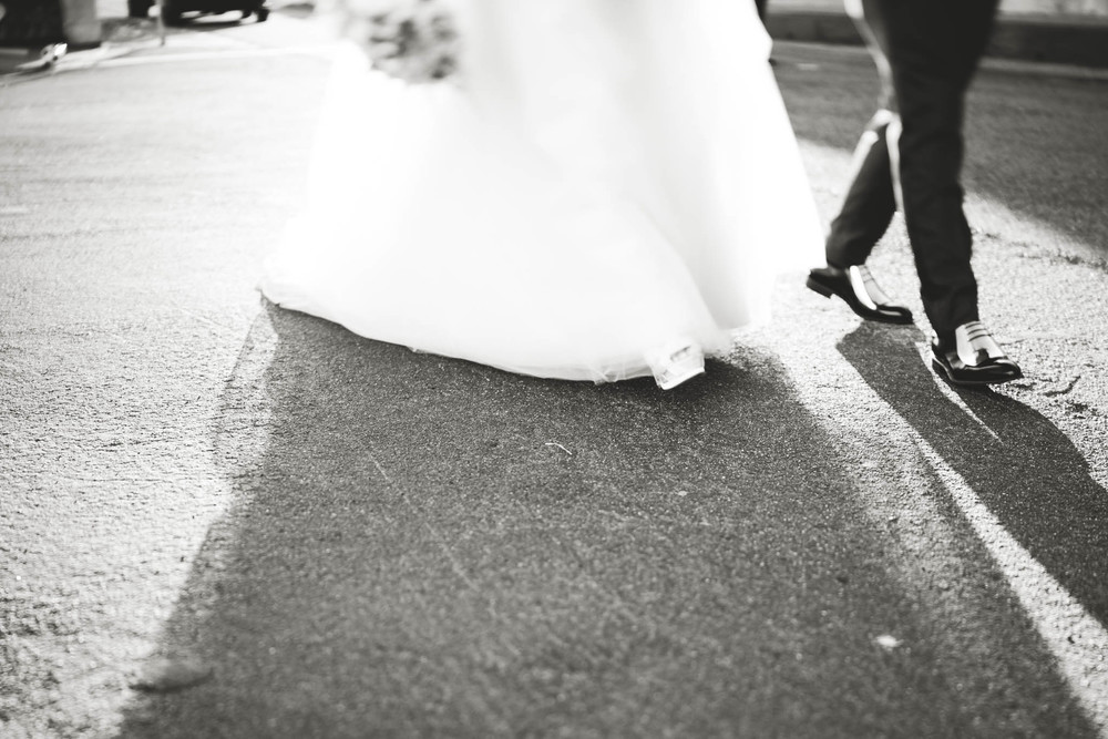 ©Isaiah & Taylor Photography - Los Angeles Wedding Photographer - Lot 613 Warehouse Space-44.jpg