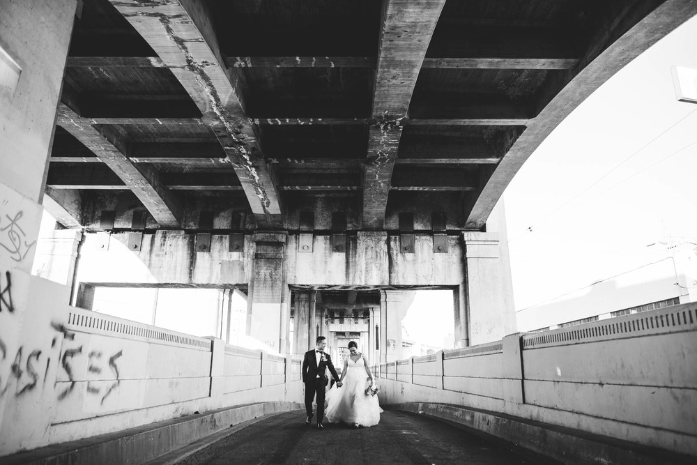 ©Isaiah & Taylor Photography - Los Angeles Wedding Photographer - Lot 613 Warehouse Space-46.jpg