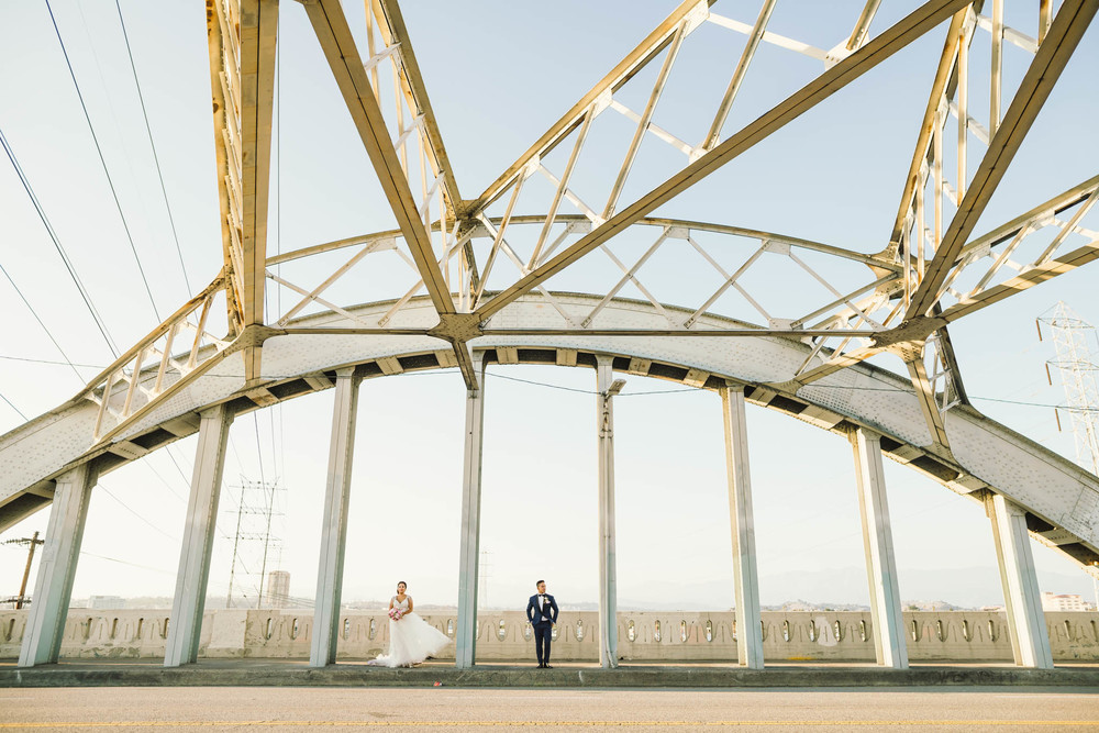 ©Isaiah & Taylor Photography - Los Angeles Wedding Photographer - Lot 613 Warehouse Space-55.jpg