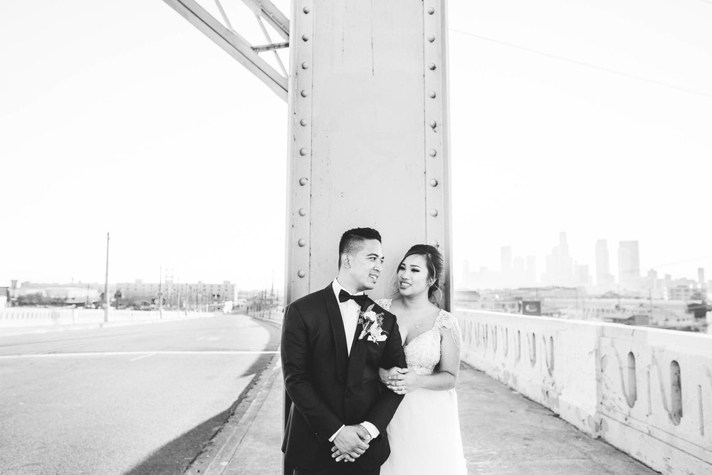 ©Isaiah & Taylor Photography - Los Angeles Wedding Photographer - Lot 613 Warehouse Space-56.jpg