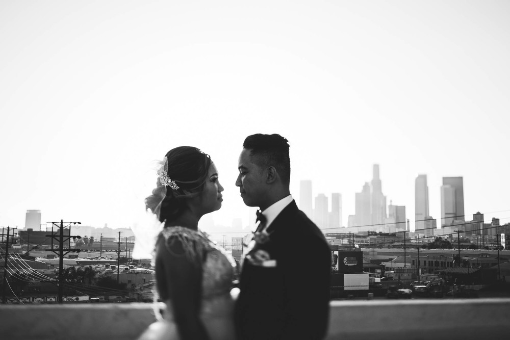 ©Isaiah & Taylor Photography - Los Angeles Wedding Photographer - Lot 613 Warehouse Space-59.jpg