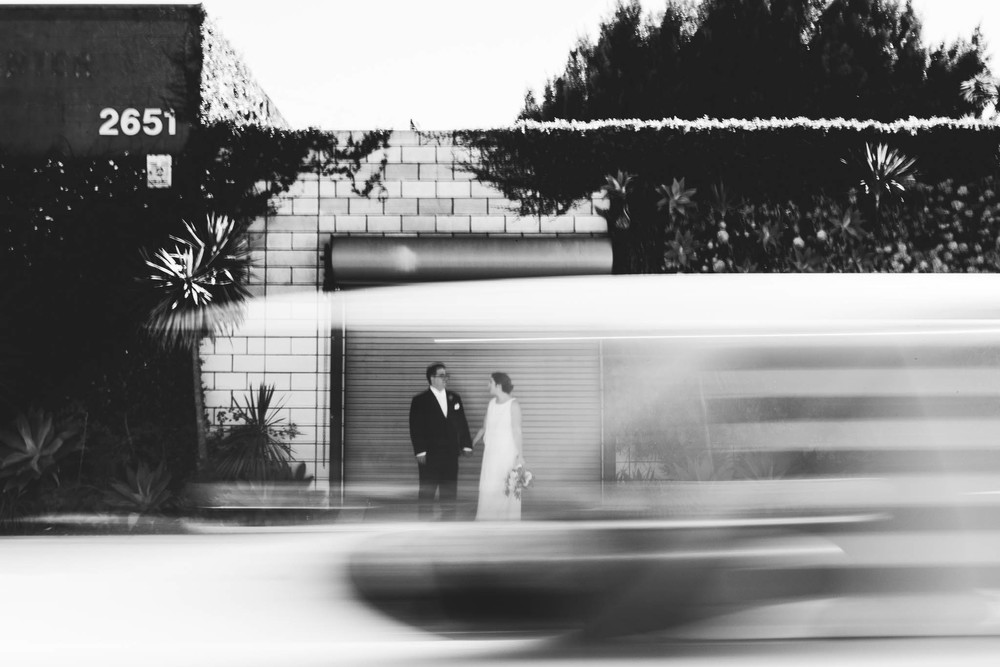 ©Isaiah & Taylor Photography - Los Angeles Wedding Photographer - Urban Downtown Warehouse Wedding- Smog Shoppe, Culver City-35.jpg