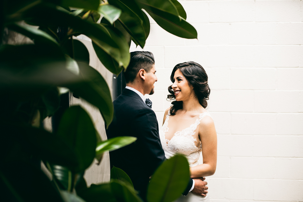 ©Isaiah & Taylor Photography - Los Angeles Wedding - Snoqualmie, Washington Honeymoon-001.jpg