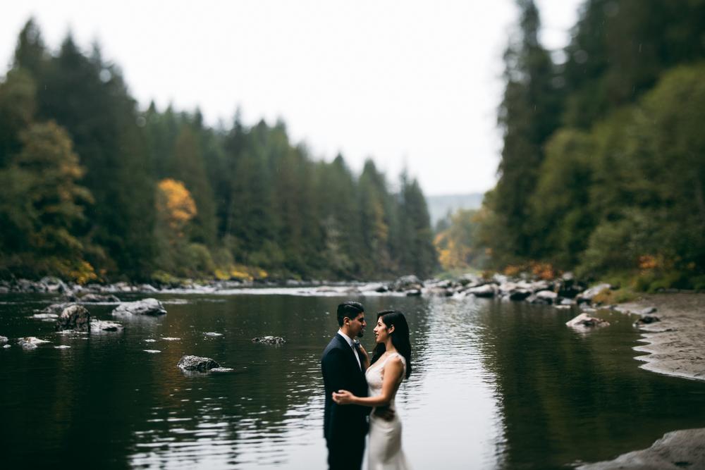 ©Isaiah & Taylor Photography - Los Angeles Wedding - Snoqualmie, Washington Honeymoon-026.jpg