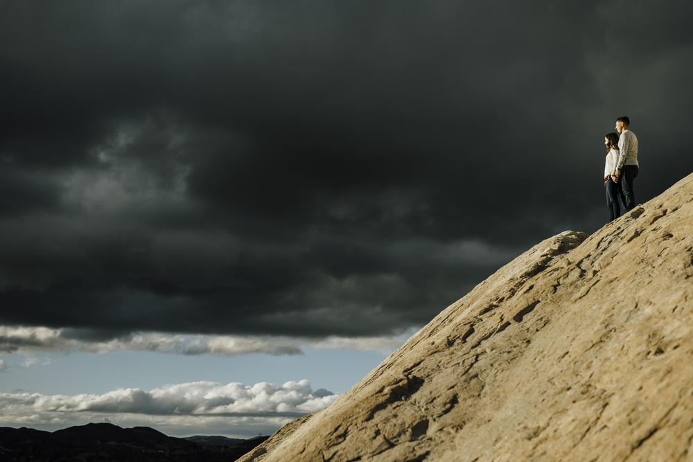 ©Isaiah-&-Taylor-Photography---Vasquez-Rocks-Engagement-027.jpg
