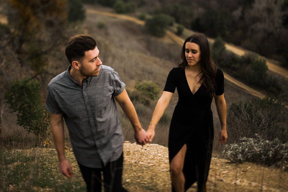 ©Isaiah-&-Taylor-Photography---Malibu-Field-Engagement,-Southern-California-Wedding-Photographer-021.jpg