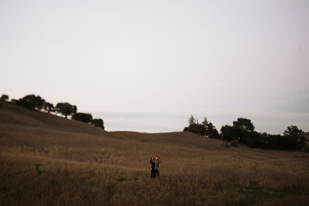 ©Isaiah-&-Taylor-Photography---Malibu-Field-Engagement,-Southern-California-Wedding-Photographer-027.jpg