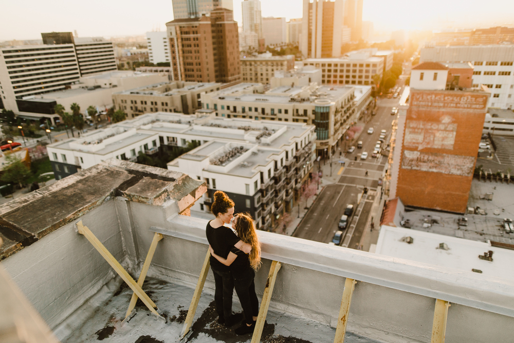 ©Isaiah-&-Taylor-Photography---Urban-Rooftop-Engagement,-Los-Angeles-Wedding-Photographer-019.jpg