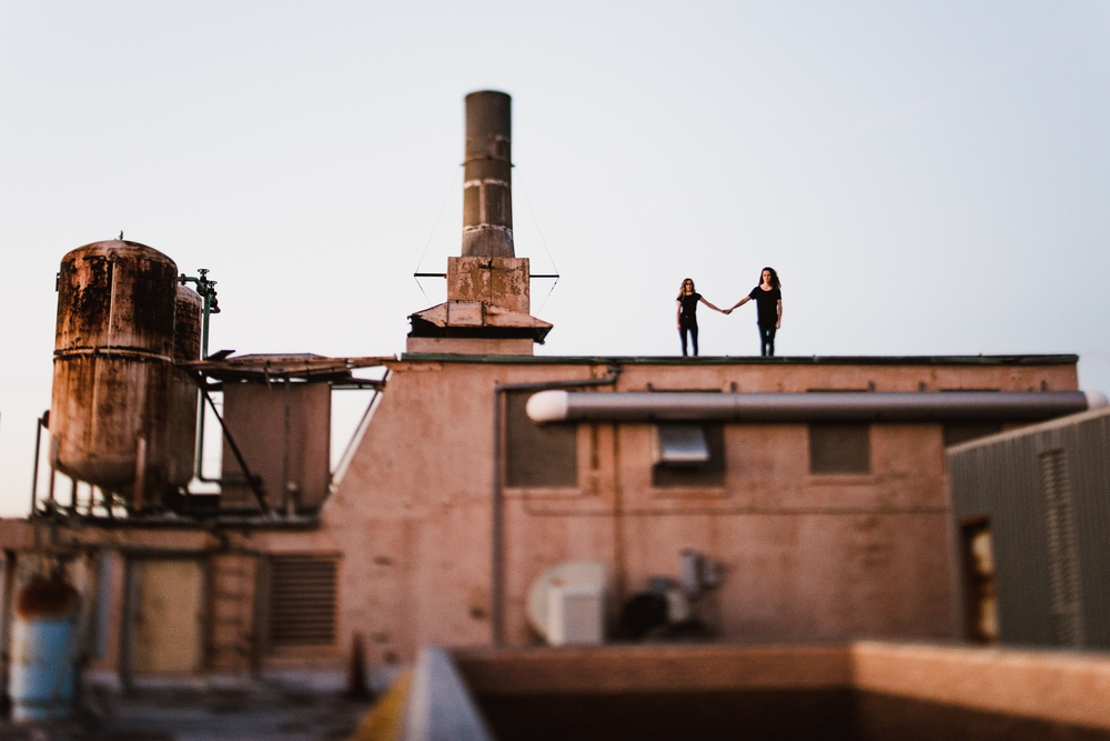 ©Isaiah-&-Taylor-Photography---Urban-Rooftop-Engagement,-Los-Angeles-Wedding-Photographer-044.jpg