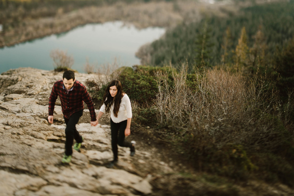 ©Isaiah-&-Taylor-Photography---Rattlesnake-Ledge-Trail-Engagement,-Seattle-Washington-044.jpg