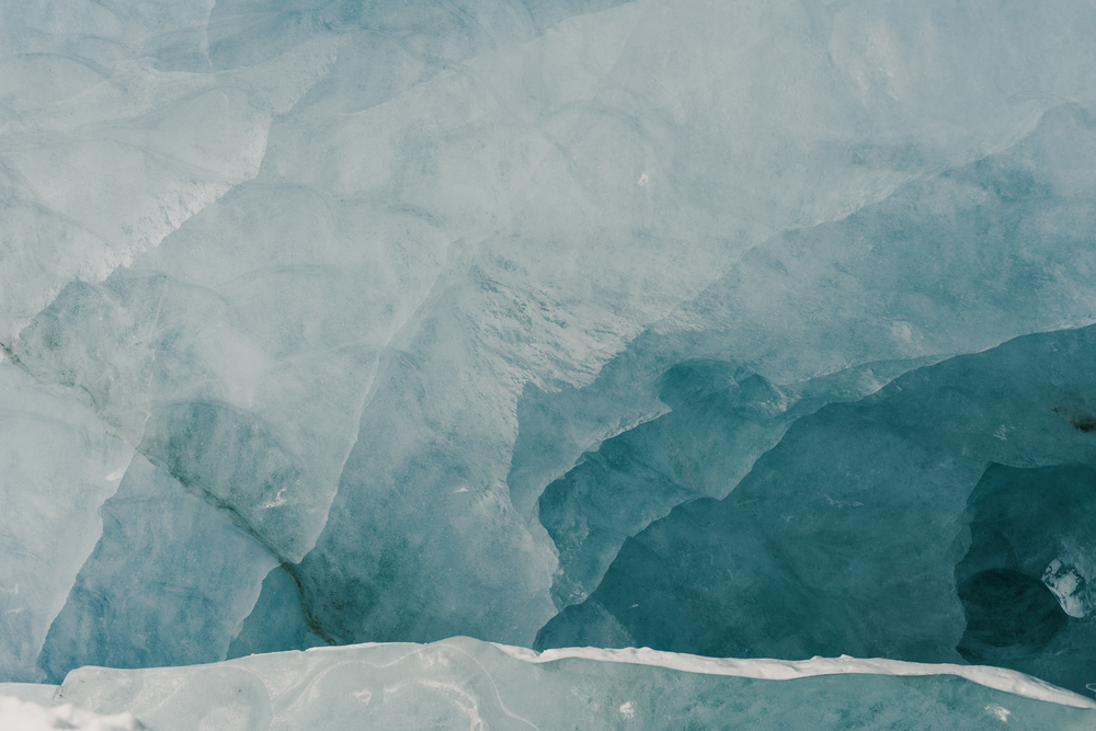 ©The-Ryans-Photo---Athabasca-Glacier,-Ice-Cave-044.jpg