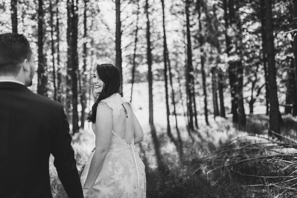 ©Isaiah & Taylor Photography - Kyle & Tori-153.jpg