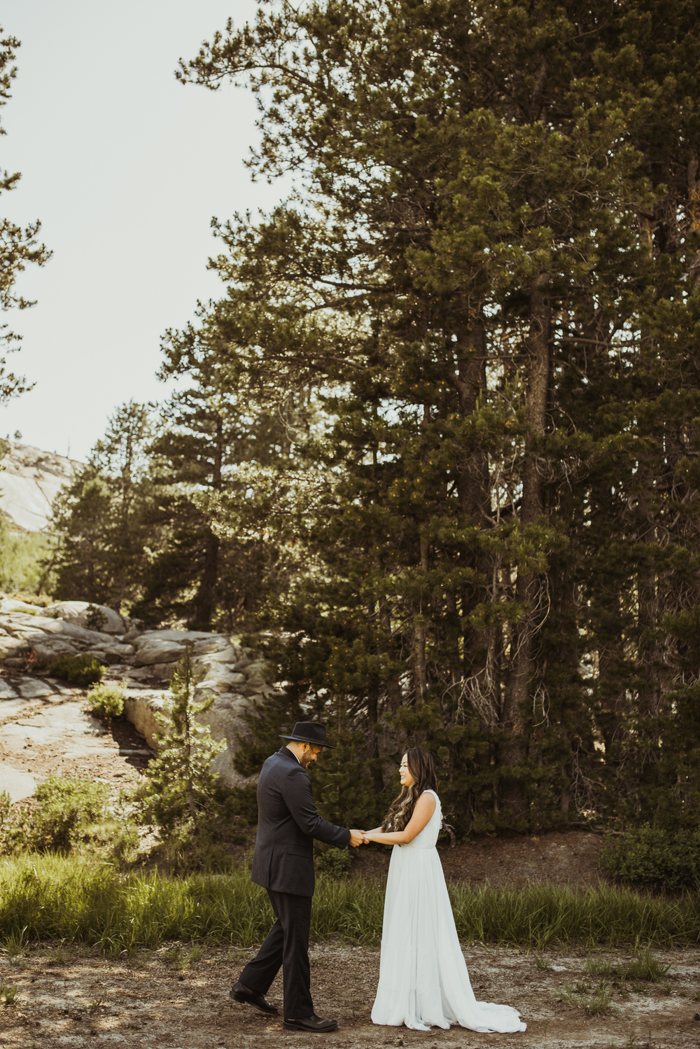 ©Isaiah & Taylor Photography -The Hideout Wedding, Kirkwood California, Lake Tahoe Wedding Photographer-73.jpg