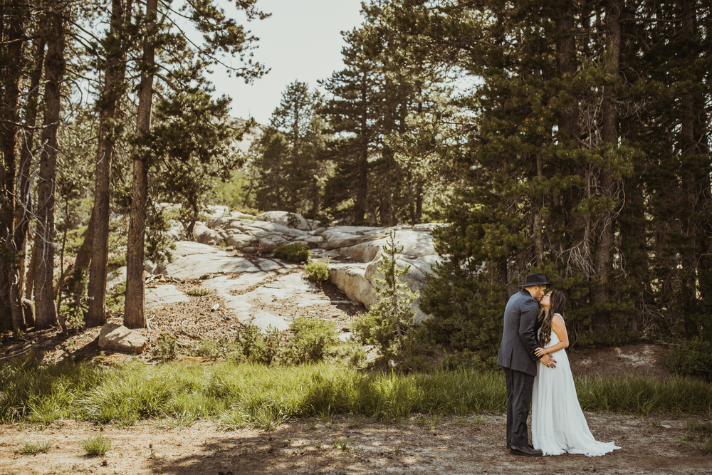 ©Isaiah & Taylor Photography -The Hideout Wedding, Kirkwood California, Lake Tahoe Wedding Photographer-76.jpg
