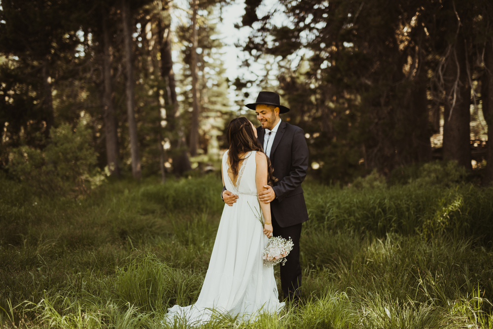 ©Isaiah & Taylor Photography -The Hideout Wedding, Kirkwood California, Lake Tahoe Wedding Photographer-113.jpg
